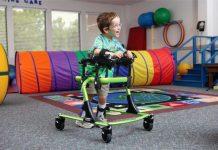 дете с увреждане