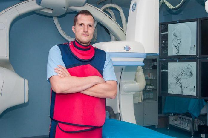 Д-р Станимир Сираков