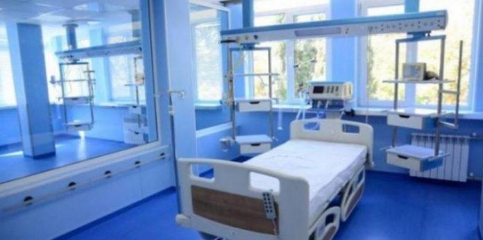 болници